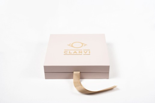 Коробка под одежду Clan VI pic-10