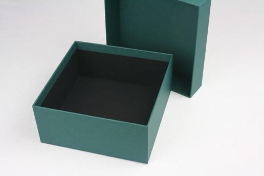 Брендированные подарочные коробки на заказ